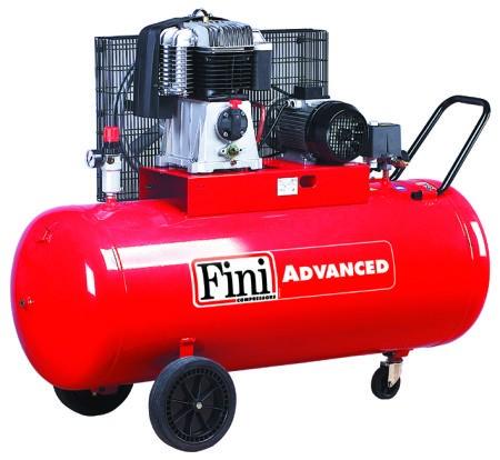 bk114 270 5 5compresor cu piston400v4kw580l minrecipient 270l